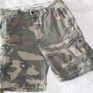 ABERCROMBIE Cargo Shorts Camo Mens Size 36